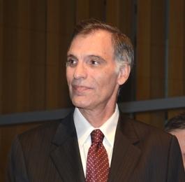 Dr Miguel Schiavone