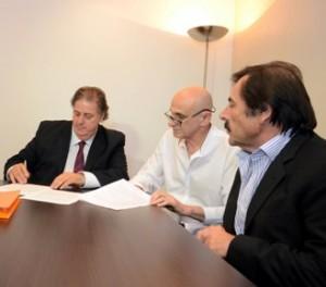 Collia firma Convenio Anestesiologos