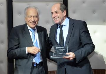 Premio al Dr Comillot