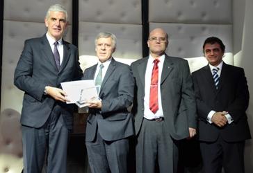 Premio al Dr López Rosetti