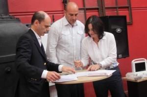 E. Chapman junto al Intendente de Quilmes M. Molina