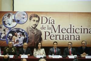 Acto dia medicina peruana