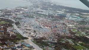 huracan bahamas